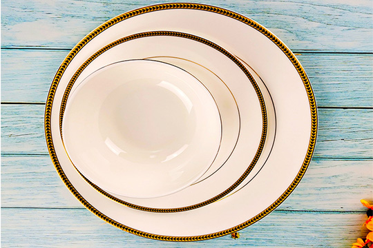 16pcs golden flower decal fine bone china dinner set with gold rim